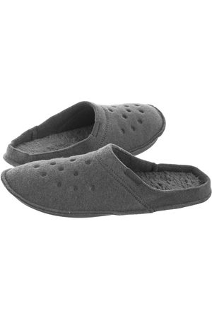 Crocs Mężczyzna Kapcie - Kapcie Classic Slipper Charcoal 203600-00Q (CR130-e)
