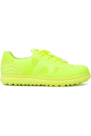 Camper Yellow