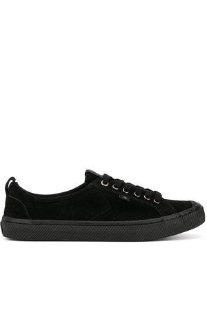CARIUMA OCA Low All Suede Sneaker