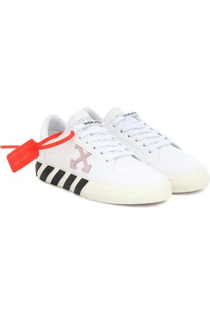 OFF-WHITE Exclusive to Mytheresa – Arrow 2.0 leather sneakers