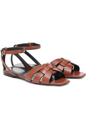 Saint Laurent Kobieta Sandały - Tribute leather sandals