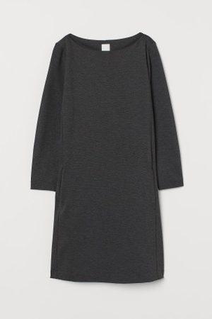 H&M Kobieta Sukienki - Dżersejowa sukienka w łódeczkę