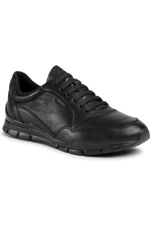 Geox Sneakersy - D Sukie A D04F2A 00085 C9999 Black