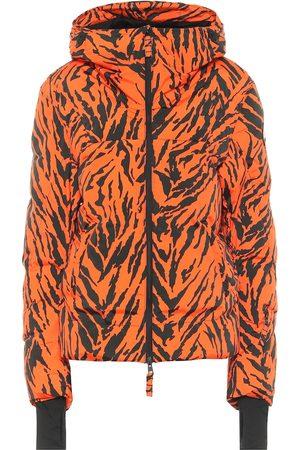 JET SET Exclusive to Mytheresa – Julia tiger-print puffer ski jacket