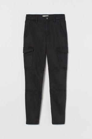 H&M Spodnie cargo Slim Fit