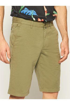 Mężczyzna Szorty - Marc O'Polo Szorty materiałowe 023 0384 15000 Zielony Regular Fit
