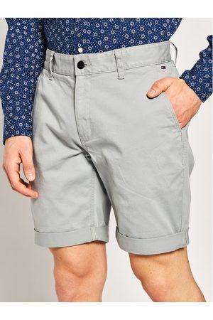 Tommy Jeans Szorty materiałowe Tjm Essential Chino DM0DM05444 Szary Regular Fit