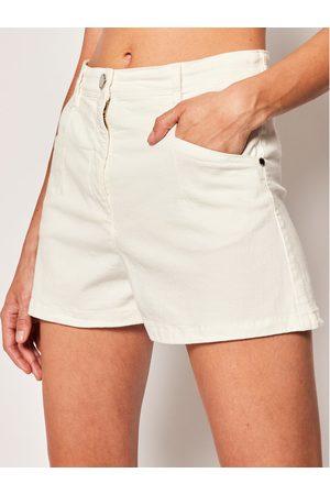 Patrizia Pepe Szorty jeansowe 2J2310/A6W8-W146 Regular Fit