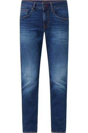Tommy Hilfiger Jeansy o kroju straight fit z dodatkiem streczu model 'Denton'