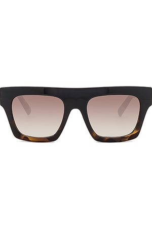 Le Specs Subdimension in - Black. Size all.