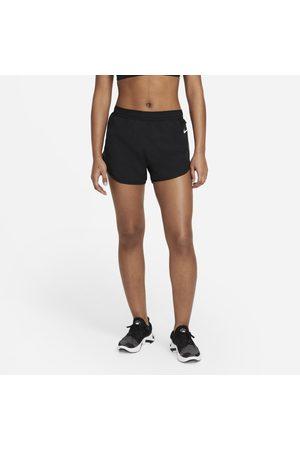 Nike Damskie spodenki do biegania 7,5 cm Tempo Luxe - Czerń