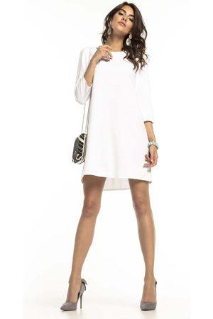 Tessita Biała trapezowa sukienka z kontrafałdą na plecach