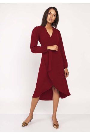 Lanti Bordowa asymetryczna sukienka kopertowa z wiązanym paskiem