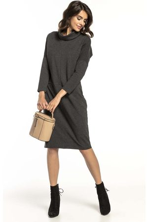 Tessita Ciemnoszara bawełniana sukienka z golfem