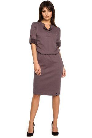 MOE Brązowa sukienka w sportowym stylu z niską stójką