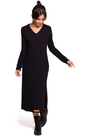 MOE Czarna długa prosta sukienka dzianinowa z kapturem