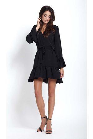 Ivon Czarna kobieca zwiewna sukienka z falbankami