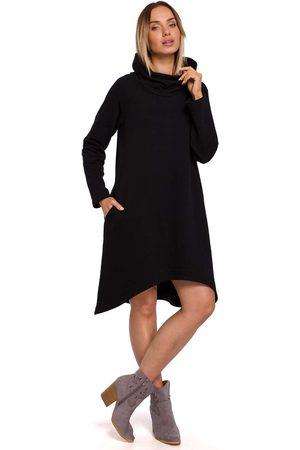 MOE Czarna dzianinowa asymetryczna sukienka z wysokim kołnierzem