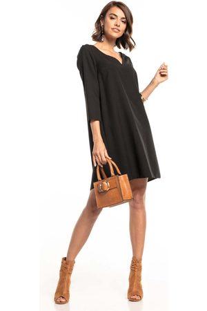 Tessita Czarna luźna mini sukienka z kontrafałdą na plecach