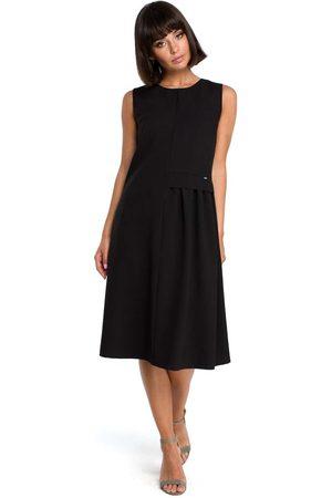 MOE Czarna luźna letnia sukienka midi z marszczeniami na boku