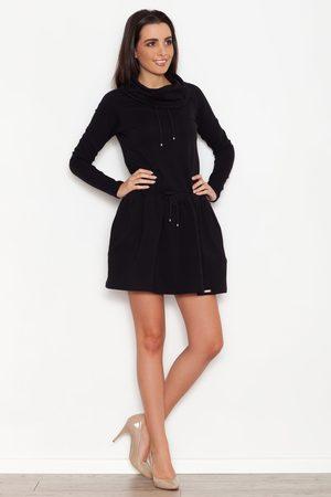 Katrus Czarna sportowa sukienka z lejącym golfem z troczkami