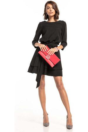 Tessita Czarna sukienka z rozkloszowanym podwójnym dołem