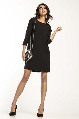 Tessita Czarna trapezowa sukienka z kontrafałdą na plecach