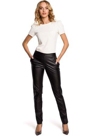 Moe Czarne eleganckie spodnie rurki z eko-skóry