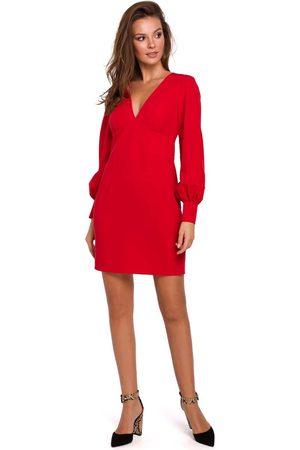Makeover Czerwona sukienka z długim bufiastym rękawem