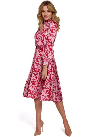 Moe Czerwona rozkloszowana sukienka w kwiaty ze stójką