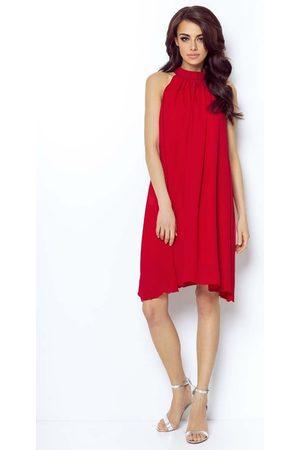 Ivon Czerwona zwiewna koktajlowa sukienka z dekoltem halter na stójce