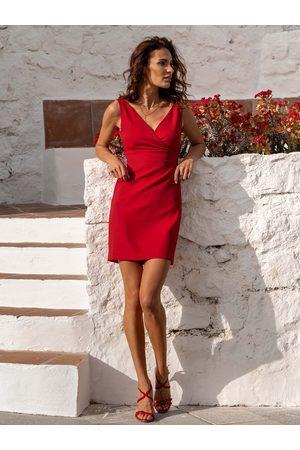 Ivon Czerwona stylowa sukienka ołówkowa na szerokich ramiączkach