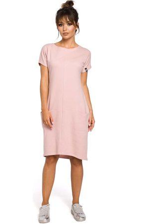 MOE Dresowa pudrowa sukienka mini z kieszeniami w szwach