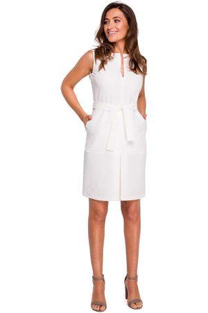 MOE Ecru ołówkowa sukienka bez rękawów z kontrafałdą