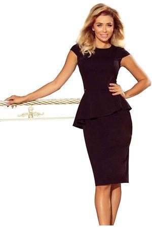 Numoco Elegancka ołówkowa sukienka midi z asymetryczną baskinką - czarna