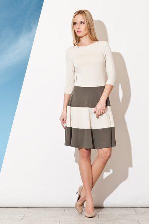 Figl Elegancka sukienka z rękawem 3/4 z kontrastowymi pasami - oliwkowy