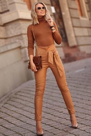 Makadamia Eleganckie skórzane spodnie z wiązaniem w pasie - kamelowe