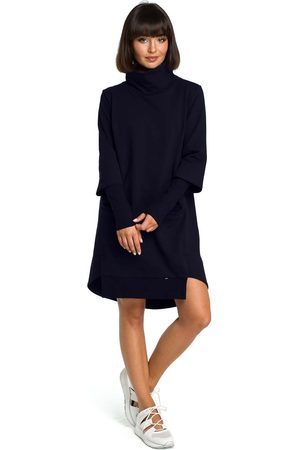 MOE Granatowa dresowa asymetryczna sukienka z golfem