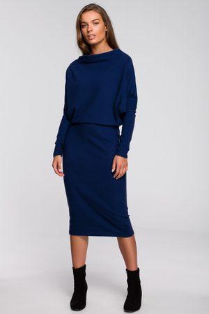 MOE Granatowa nowoczesna sukienka dzianinowa