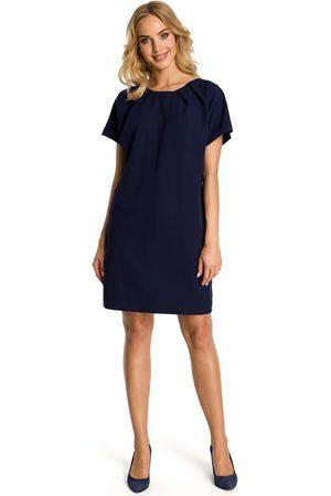 MOE Kobieta Sukienki koktajlowe i wieczorowe - Granatowa sukienka z krótkim reglanowym rękawem