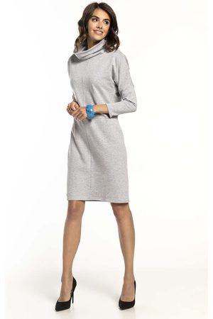 Tessita Jasnoszara bawełniana sukienka z golfem