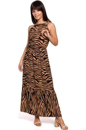 MOE Kamelowo czarna maxi wzorzysta sukienka wiązana przy szyi
