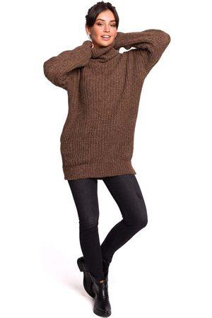 MOE Karmelowy oversizowy sweter-tunika z golfem