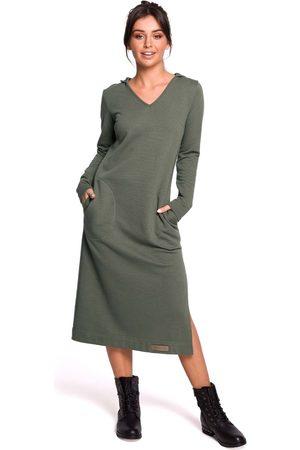MOE Khaki długa prosta sukienka dzianinowa z kapturem