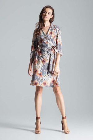 Figl Kopertowa sukienka bez zapięcia z wiązanym paskiem wzór 108