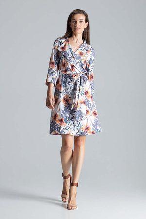Figl Kopertowa sukienka bez zapięcia z wiązanym paskiem wzór 107