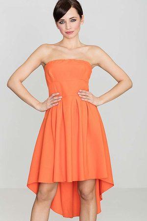 Katrus Modna sukienka z odkrytymi ramionami wydłuzonym tyłem pomarańczowa