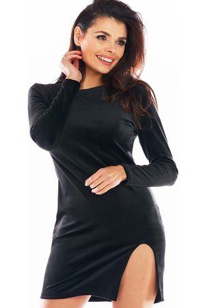 Awama Kobieta Sukienki dopasowane - Ołówkowa mini sukienka welurowa z rozporkiem - czarna