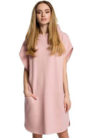 MOE Kobieta Sukienki koktajlowe i wieczorowe - Pudrowa luźna nietoperzowa sukienka z kapturem