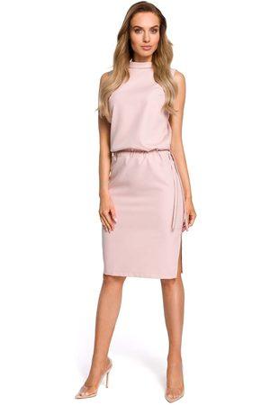 MOE Pudrowa zbluzowana midi sukienka na stójce bez rękawów